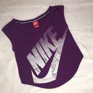 Nike women's sleeveless top